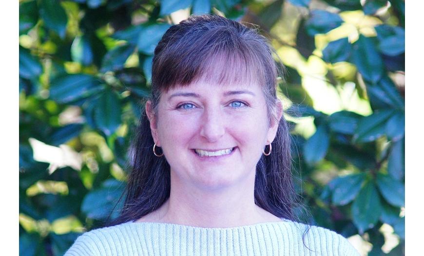 Tracy Wickham, Therapist